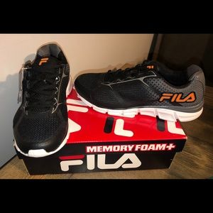 NIB Men's Fila Primeforce memory foam sneakers 8.5